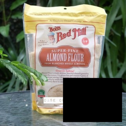 Bob's Red Mill Almond Flour (Tepung Almond)